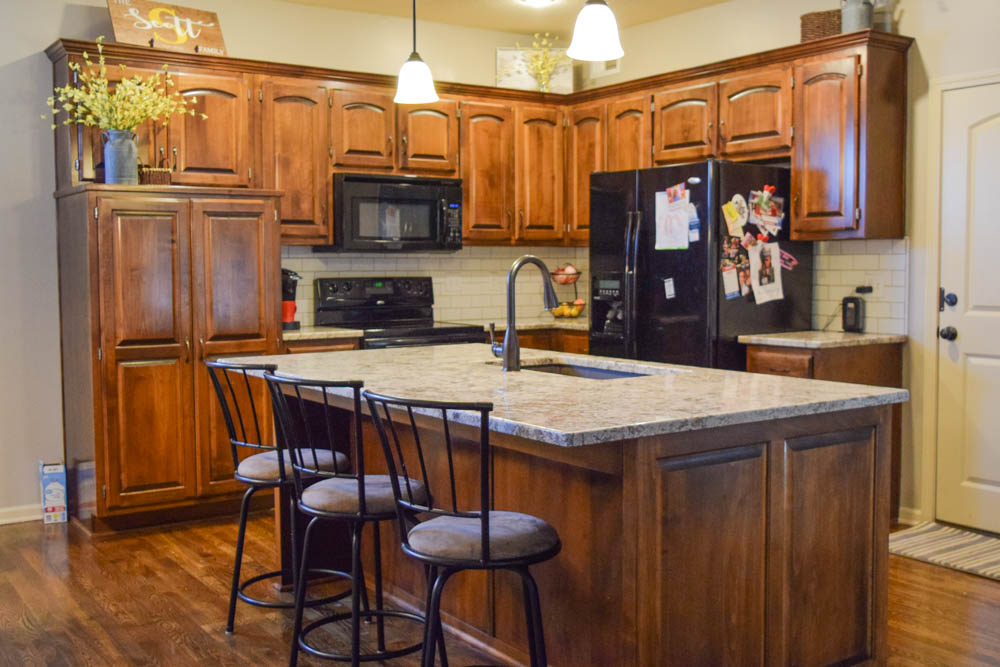 Granite Kitchen Countertops & Backsplash - Olathe