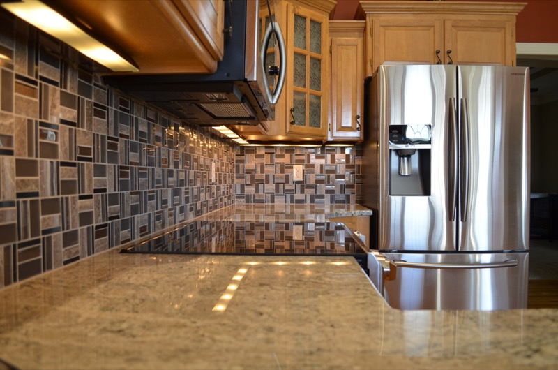 Countertops-and-Fireplace-in-KC